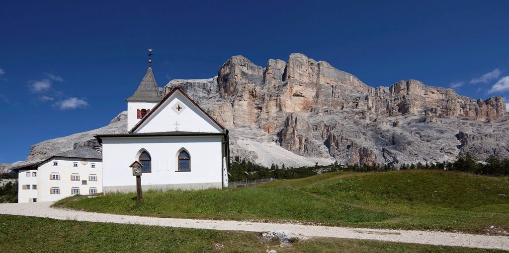 Stock Photo: 1848-720528 Pilgrimage Church of Santa Croce, St. Leonard, Alto Adige, Italy, Europe