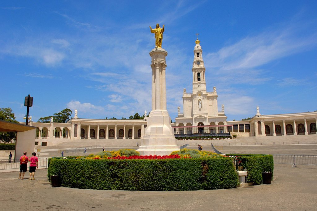Stock Photo: 1848-723352 Sanctuary of Our Lady of Fatima, Fatima, Estremadura, Portugal, Europe