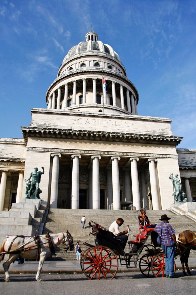 Stock Photo: 1848-723474 The Capitol, Havana, Cuba