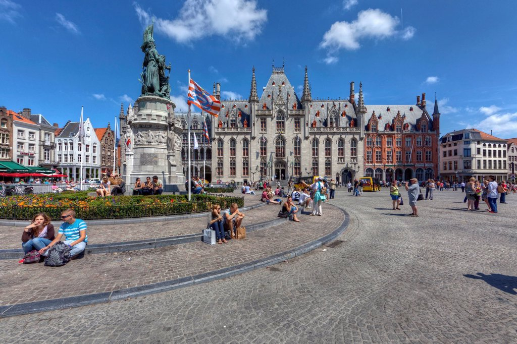 Provinciaal Hof, Provincial Court, Grote Markt square, historic centre of Bruges, UNESCO World Heritage Site, West Flanders, Flemish Region, Belgium, Europe : Stock Photo