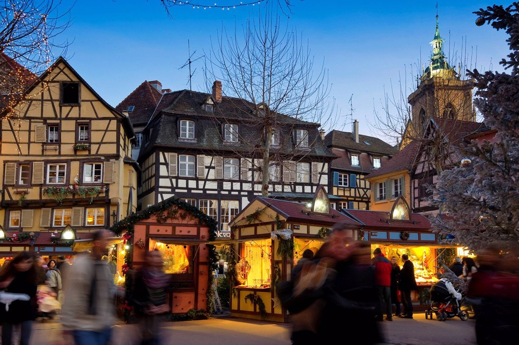 Stock Photo: 1848-724135 Christmas market in Colmar, Alsace, France, Europe