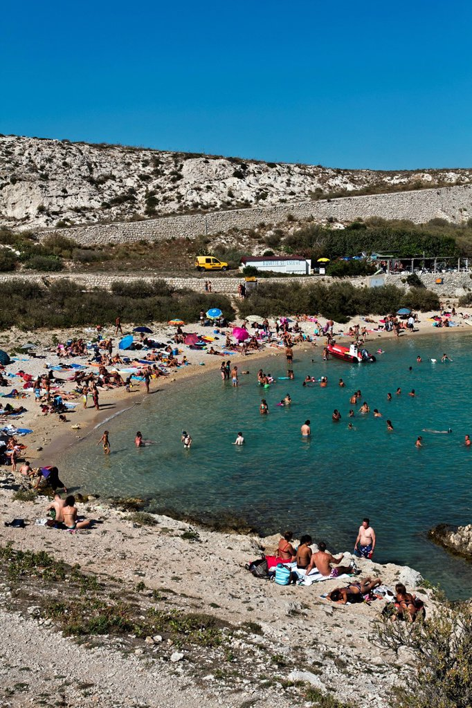 Stock Photo: 1848-724312 Beach, Calanques de Saint Esteve, Ile Ratonneu, Frioul Archipelago, Marseille or Marseilles, Provence_Alpes_Cote d´Azur, France, Europe