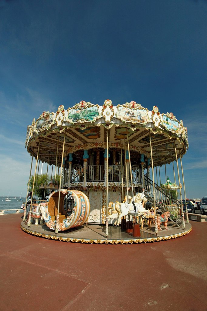 Old_fashioned children´s roundabout, carousel, Arcachon, Bordeaux, France, Europe : Stock Photo
