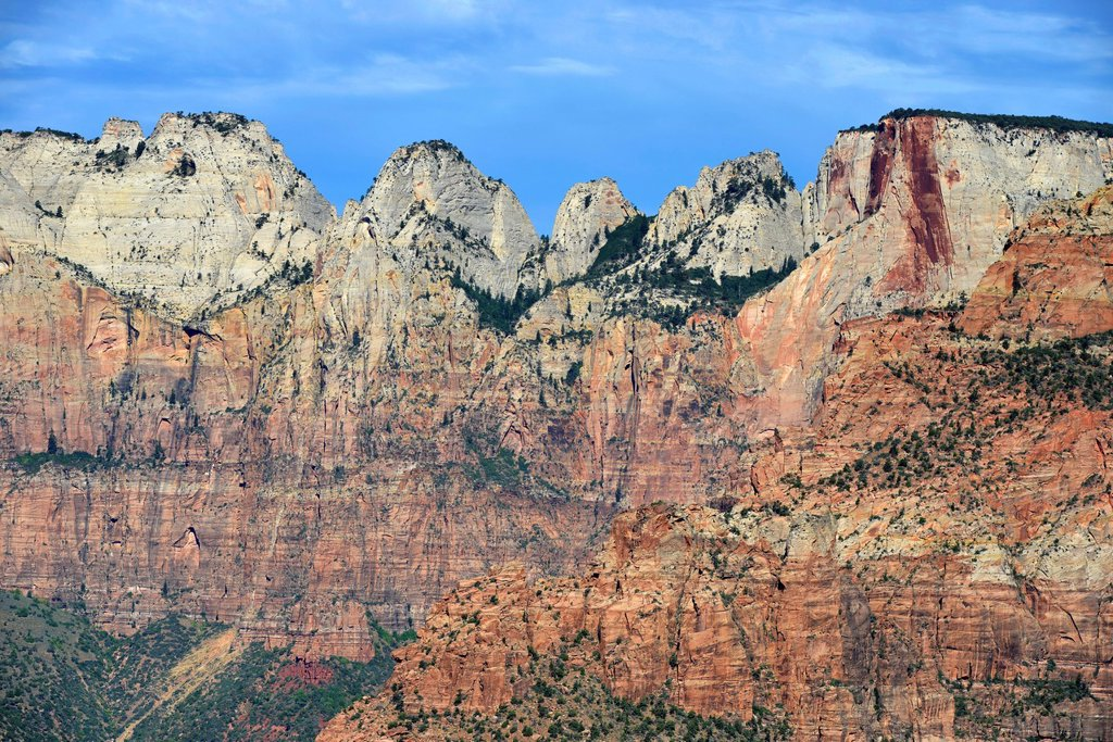 Stock Photo: 1848-746393 Canyon Overlook lookout point with the Towers of the Virgin Mountains, Altar of Sacrifice, Zion National Park, Utah, United States of America, USA