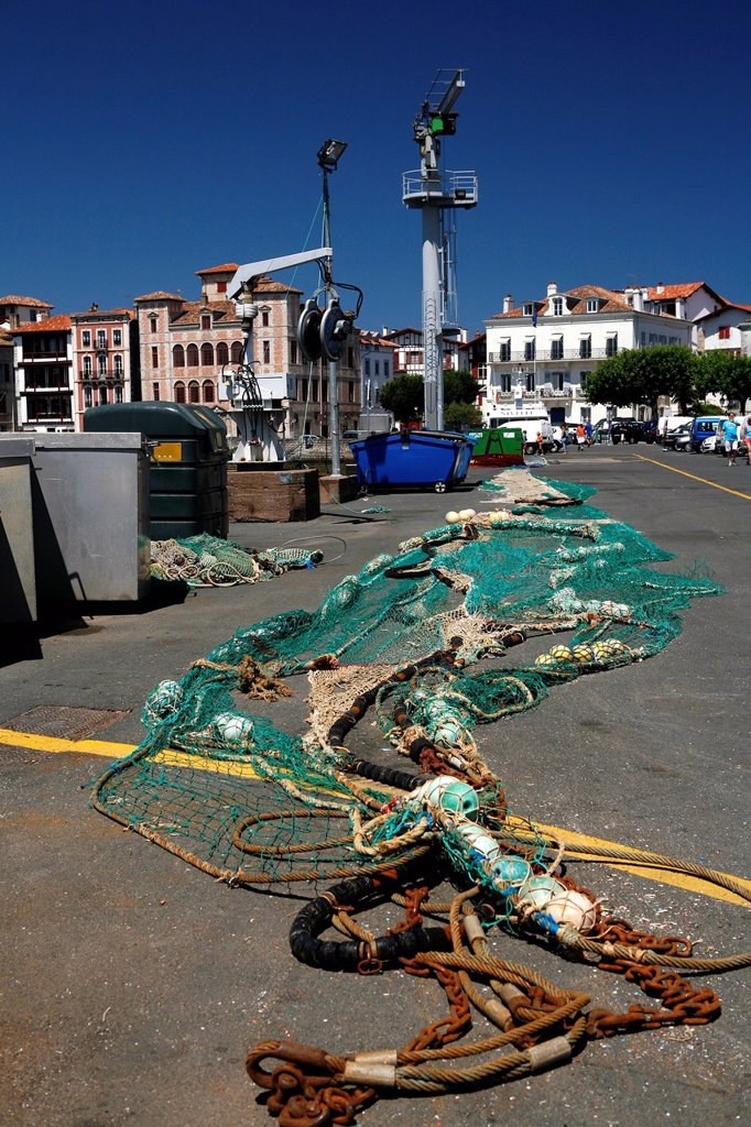 Fishing nets in the fishing port of Saint_Jean_de_Luz, in Basque: Donibane Lohizune, Pyrenees, Aquitaine region, Pyrénées_Atlantiques department, France, Europe : Stock Photo