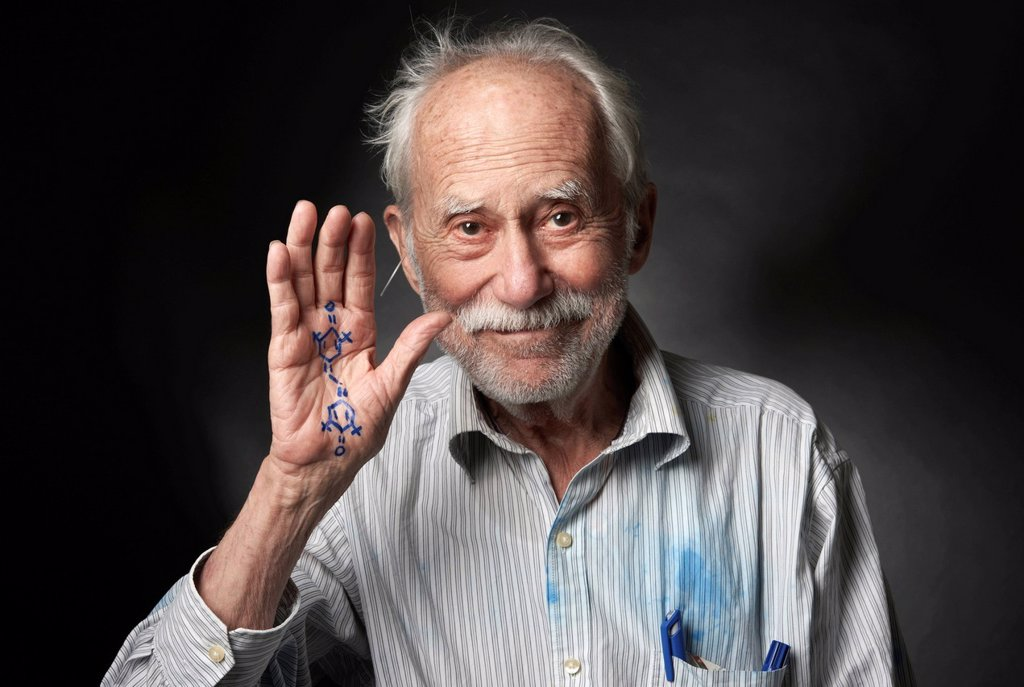 Stock Photo: 1848-748717 Elderly man with a chemical formula written on his hand