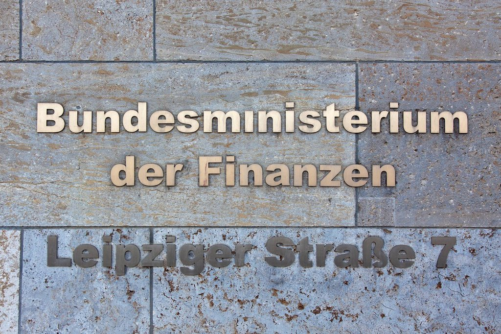 Stock Photo: 1848-751146 Lettering, Bundesministerium der Finanzen, German for Federal Ministry of Finance, Leipziger Strasse street, Berlin, Germany, Europe