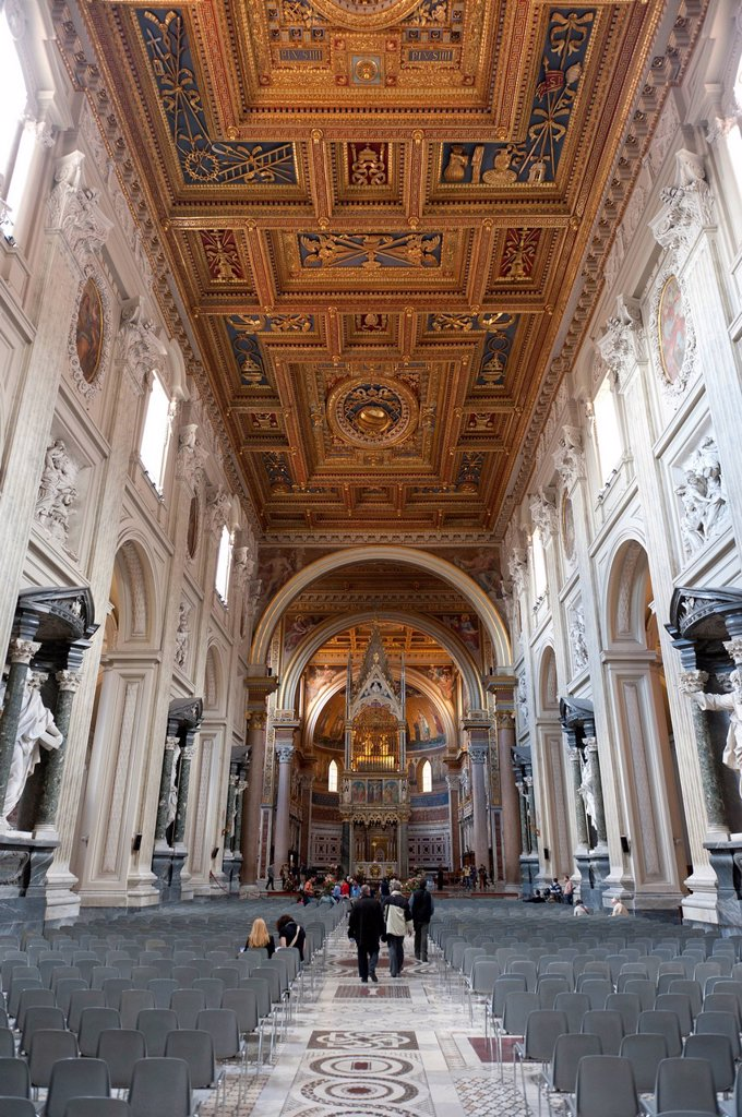 Catholic Christianity, Baroque era, large interior, coffered ceiling, church of San Giovanni in Laterano, St. John Lateran, Lateran, Rome, Lazio, Italy, Southern Europe, Europe : Stock Photo