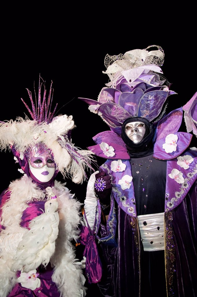 Stock Photo: 1848-752284 Ornate costumes and masks in purple and white, Venetian Fair, Ludwigsburg, Baden_Wuerttemberg, Germany, Europe
