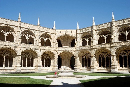 Stock Photo: 1848-7539 Two_storeyed cloister in the enclosure, Claustro, of the Hieronymites Monastery, Mosteiro dos Jeronimos, UNESCO World Heritage Site, Manueline style, Portuguese late_Gothic, Belem, Lisbon, Portugal, Europe