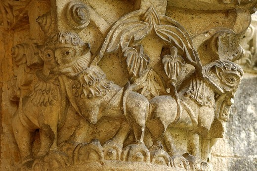 Carved capital at the Abbaye de la Sauve Majeure, France : Stock Photo