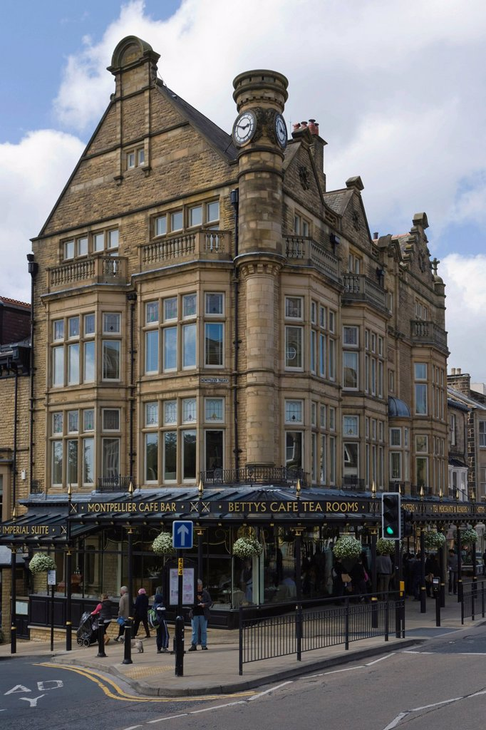 Stock Photo: 1848-755719 Betty´s Cafe and Tea Rooms, Parliament Street, Harrogate, North Yorkshire, England, United Kingdom, Europe