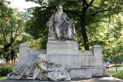 Stock Photo: 1848-75634 Brahms Monument at Resselpark, Vienna Austria