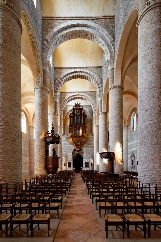Stock Photo: 1848-757667 Abbey Church of St. Philibert, Tournus, Burgundy region, department of Saône_et_Loire, France, Europe