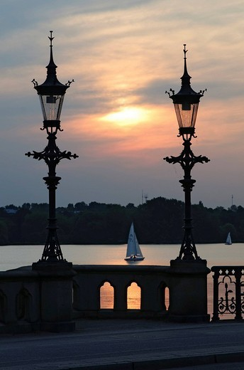 Stock Photo: 1848-77168 Sunset at the Schwanenwik, Schwanenwikbruecke Bridge, Outer Alster Lake, Alster, Hamburg, Germany, Europe