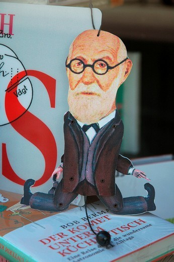 Jumping Jack Sigmund Freud in a shopwindow of a viennese bookshop, Vienna, Austria, Europe : Stock Photo