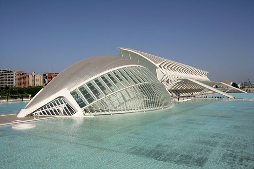 Stock Photo: 1848-77829 ESP, Spain, Valencia : Ciudad de las Artes Y de las Ciencias, City of arts and sciences. L´Hemisferic und Museo de las Ciencias Principe Filipe