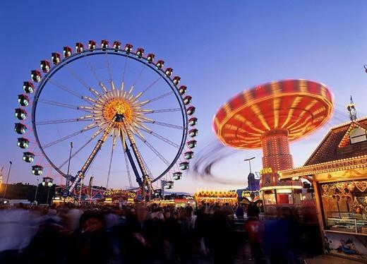 Stock Photo: 1848-78106 Ferris wheel and swing carousel, Oktoberfest Octoberfest Munich Beer Festival, Munich, Germany
