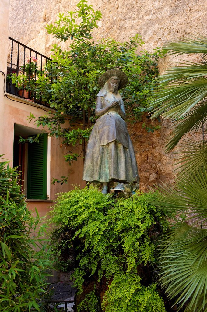 Statue of Catalina Tomas, the Saint of Valldemossa : Stock Photo