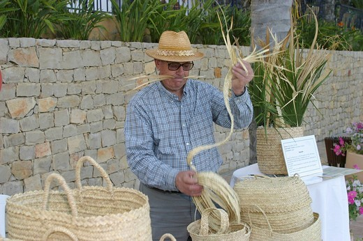 Basket weaver, Portugal : Stock Photo