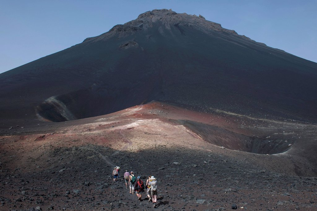 Stock Photo: 1848-816701 Hikers in the volcanic landscapes of the volcano Pico do Fogo, Fogo National Park, Fogo island, Cape Verde