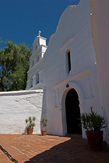 Stock Photo: 1848-83690 Basilica, front of Mission San Diego de Alcala, San Diego, California, USA