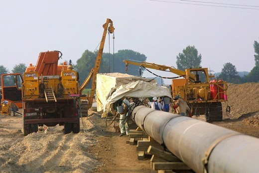 Stock Photo: 1848-83876 Mannheim, DEU, 23.08.2001, building of a Gas pipeline, natural gas pipeline in the Rhine level