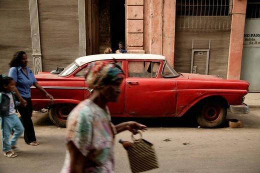 Stock Photo: 1848-83961 American vintage car in Havana, Cuba, Caribbean