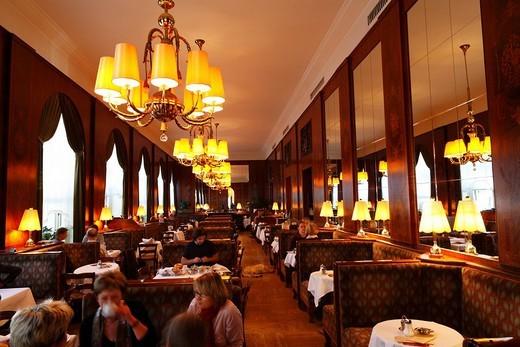 Stock Photo: 1848-84533 Inside view of Café Landtmann on Dr._Karl_Lueger_Ring, Vienna, Austria, Europe