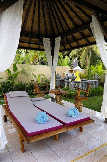 Recliner chairs in a resort near Saba, Bali, Indonesia : Stock Photo
