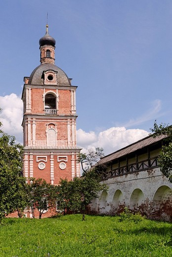 Bell tower in the Goritsky Monastery, Pereslavl_Zalessky, Russia : Stock Photo