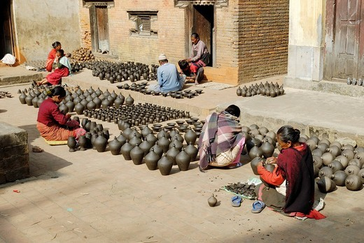 Stock Photo: 1848-91982 Pottery at Bhaktapur, Kathmandu, Nepal