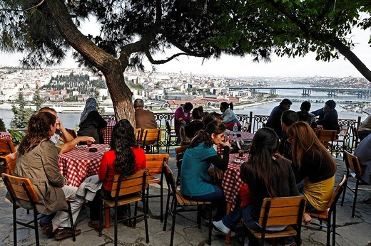 Stock Photo: 1848-9392 Pierre Loti Cafe, panoramic view, Golden Horn, Eyuep, Istanbul, Turkey