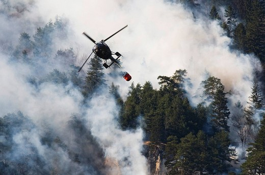 Stock Photo: 1848-94823 Forest fire in the Karwendel Range near Innsbruck, Tyrol, Austria