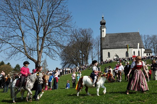 Stock Photo: 1848-94883 Georgiritt, George´s Ride, Easter Monday procession, Ettendorf Church, Traunstein, Chiemgau, Upper Bavaria, Bavaria, Germany, Europe