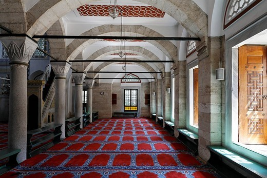 Prayer room for women in the Zal Mahmud Pasa Mosque designed by the famous architect Sinan, Muslim village Eyuep, Golden Horn, Istanbul, Turkey : Stock Photo
