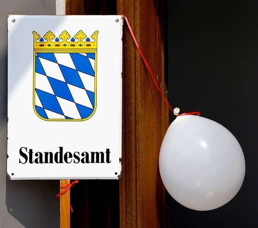 Stock Photo: 1848-97927 Baloon and Bavarian civil registry office sign
