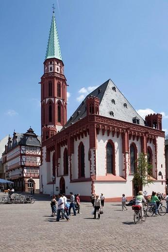 Frankfurt Roemerberg, City Hall Square with St. Nikolai´s Church, Frankfurt am Main, Hesse, Germany, Europe : Stock Photo