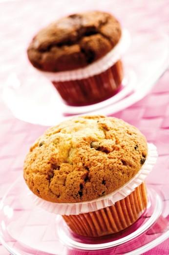 Muffin and chocolate muffin : Stock Photo