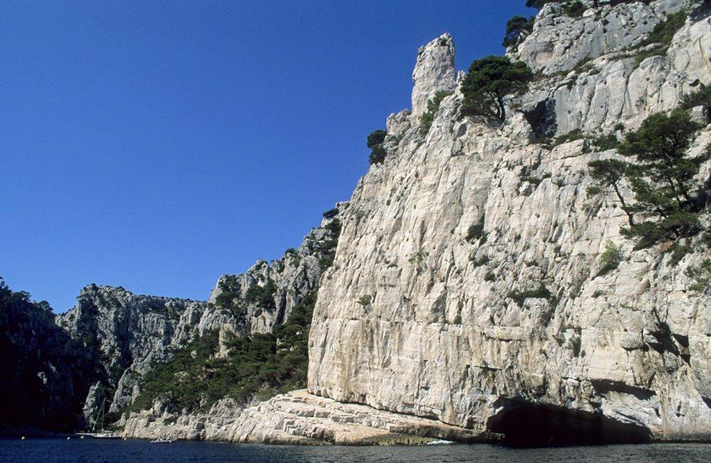 Stock Photo: 1848R-281718 Rocky coast at Calanque d´En_Vau, Provence, France