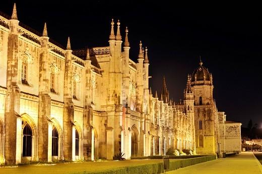 Stock Photo: 1848R-282250 Hieronymites Monastery, Mosteiro dos Jeronimos, at night, UNESCO World Heritage Site, Manueline style, Portuguese late_Gothic, Belem, Lisbon, Portugal, Europe