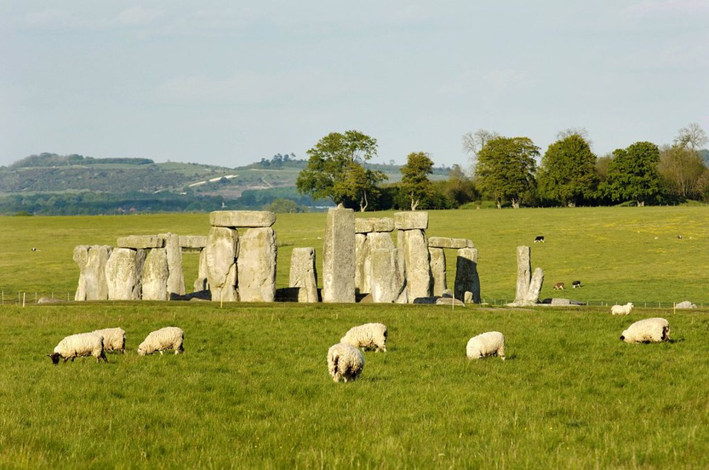Stock Photo: 1848R-284394 Stonehenge Wessex England Great Britain