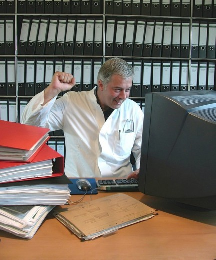 Stock Photo: 1848R-285500 Doctor in the office