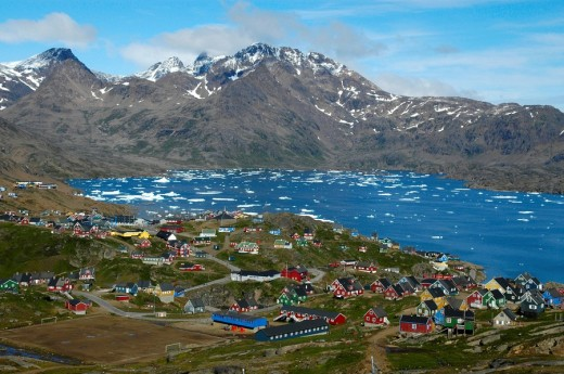 Vista of colourful houses city Ammassalik at Kong Oscars Havn Eastgreenland : Stock Photo