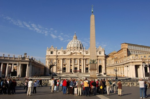 Stock Photo: 1848R-288784 St Peter´s square Basilcia of Saint Peter Epyian obelisk Vatican Rome Italy