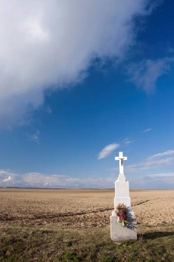 Field with crucifix, Moravia, Czech Republic, Europe : Stock Photo