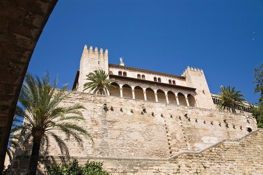 Stock Photo: 1848R-291623 Palau de l´Almudaina in Palma de Mallorca, Majorca, Spain, Europe