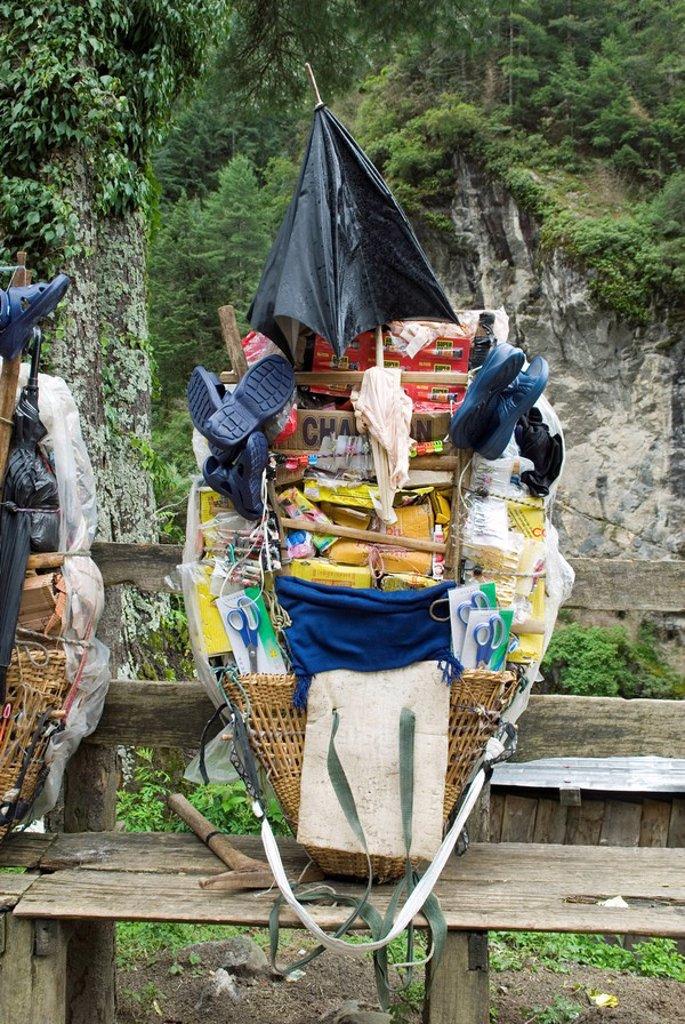 Stock Photo: 1848R-296087 Load of a Sherpa porter, Solukhumbu, Khumbu, Mount Everest Region, Nepal