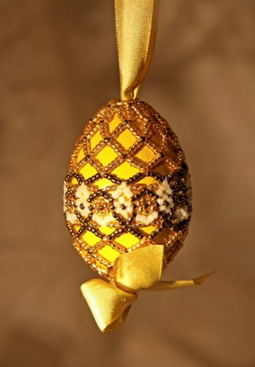 Stock Photo: 1848R-298532 Handmade Easter egg decorated with beads, folk art, Transylvania, Hungarian art