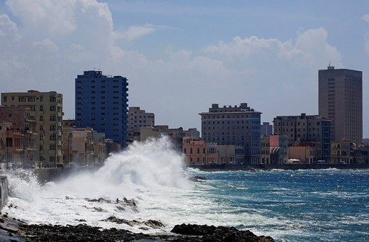 Stock Photo: 1848R-303122 El Malecon, Havana, Cuba